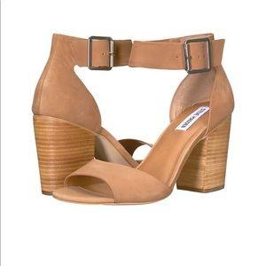 ✨NWT✨ Steve Madden Gerard Block Dress Sandals